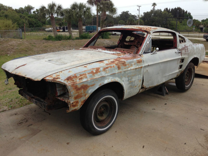67 Mustang Fastback Project Car For Sale >> Rusting Mustangs » 1967 Mustang Fastback Rusted01